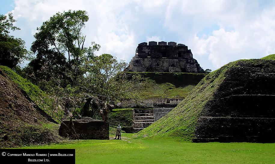 xunantunich-belize-maya-site-looking-east